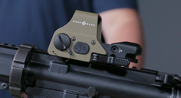 The Best EOTech Clones and Alternatives in 2021