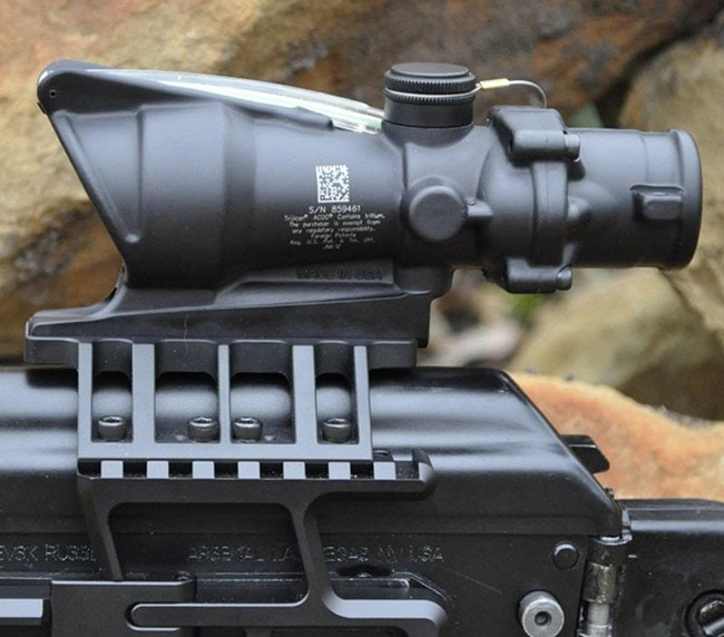 The Best ACOG Clones and Alternatives in 2021
